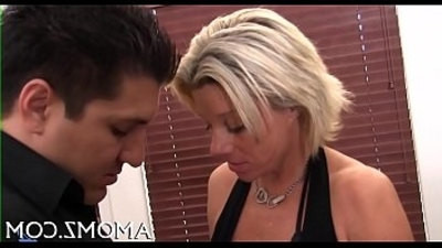 aggressive  cowgirls  mommy  riding cock