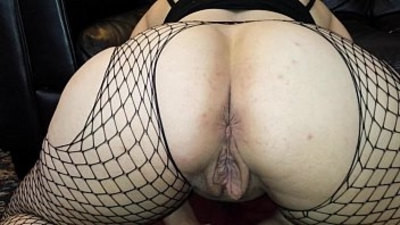 abused  dildo  pussy