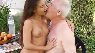 fucking   old and young   pervert   seduced