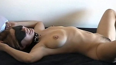 huge tits   mom